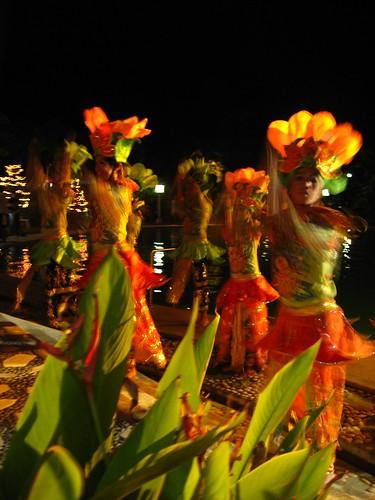 Pintaflores dancers