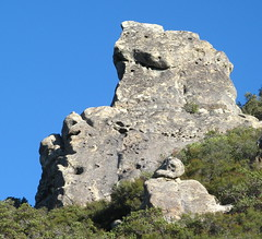 Massive stone formation (San Lorenzo Park, California, United States) Photo
