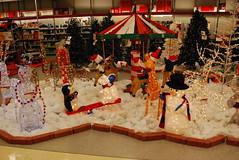 Outdoor Christmas Decorations Setup