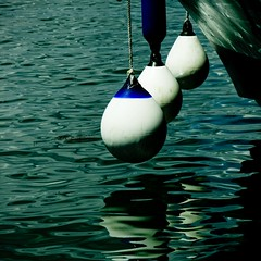 Impressions Marine [4] (Christine Lebrasseur) Tags: blue france detail reflection art 6x6 water canon boat marine sail outdated 500x500 buoyant buoyantspotlight poseidonsdance allrightsreservedchristinelebrasseur landscapeseascapeskyscapeorcityscape
