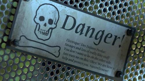 Edison and Leo - Danger!