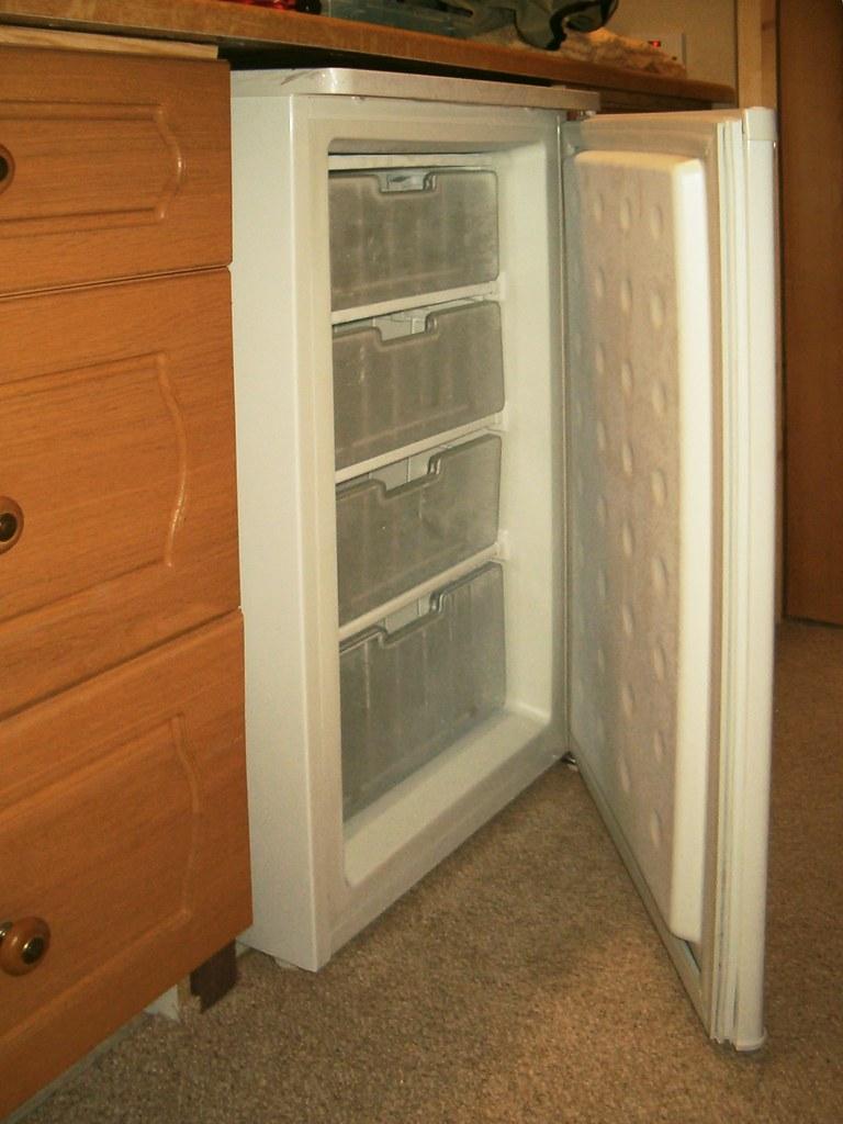 HPIM2805.Freezer