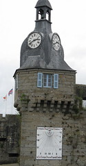 Concarneau - Brittany (IanNHall) Tags: old france castle island brittany gate village close entrance bretagne medieval concarneau drawbridge walls ville finistere kerne konk