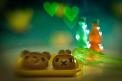 Kiddie menu (kktp_) Tags: lensbaby bread thailand toys miniature nikon dof heart bokeh bakery rement sb800 lensbaby20 d80 strobist nikoncls creativeaperture heartbokeh ehbd cafebokeh