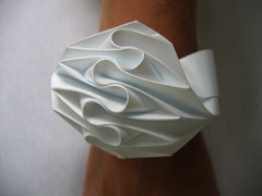 bracelet cuff (polyscene) Tags: sculpture art paper paperart surface polly poly verity papersculpture developable polyscene pollyverity developablesurface papersculptures