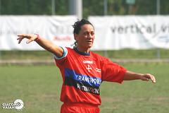 Como 2000 - Pisa CF (.Giacomo) Tags: 2 woman como photography photo women italia 2000 foto photographer soccer pisa fotografia lombardia a2 serie calcio giacomo sportiva coppa pallotti campionato femminile divisione vaiani