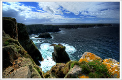 Tory Island view from Dn Bhaloir (Janek Kloss) Tags: ocean ireland island photo king fotograf view photos tourist irland eire cliffs fotka atlantic fotografia donegal tory attraction zdjecia irlanda ulster ierland j23  dn zdjecie fotki irlandia   hwdp  mywinners abigfave lirlande platinumphoto fotosy  theunforgettablepictures toraigh   moli516 bhaloir