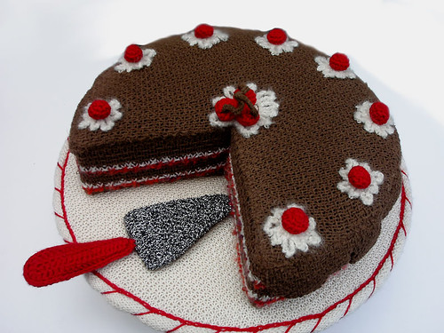 handknitted chocolate cherry torte