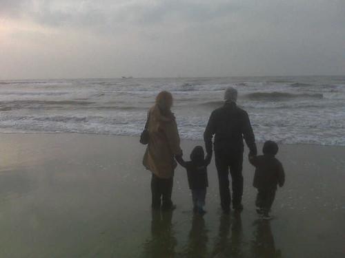 Met nonno e nonna aan zee!