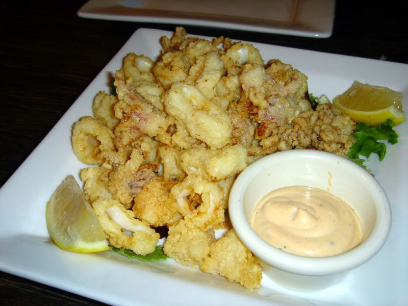 Calamari Fritti with Chipolte aioli