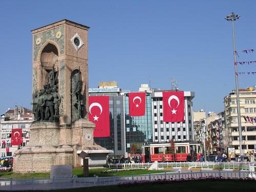 Ünneplés török módra