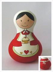 Bellinha... a boleira! (Belle Bellica) Tags: painting dolls heart vermelho cupcake bolo boneca madeira babushka pintura coraçao feitoamão