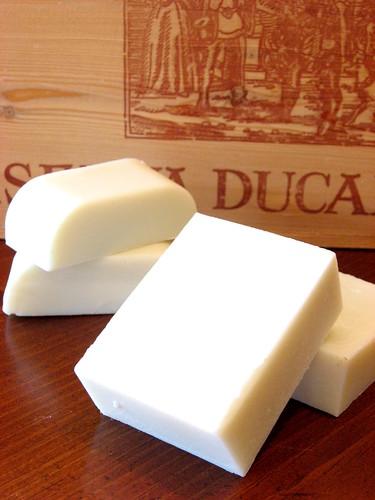 Handmade soap, Alfreddo, persimmon tatin 004