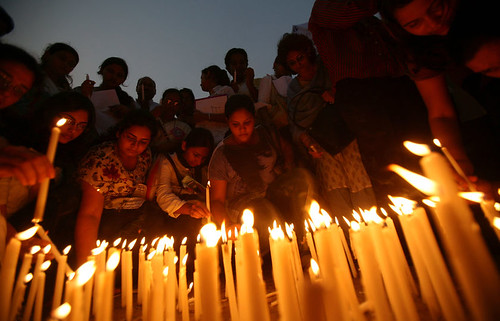 26/11 Bombay Editorial - Rich India's Gravest Hour