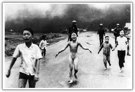 Napalm no  Vietnã