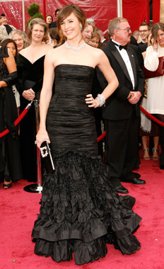 jennifer-garner-oscar-juno-red-carpet