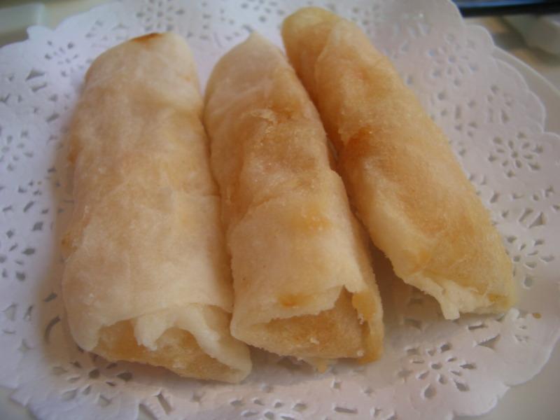 Crispy prawn rolls