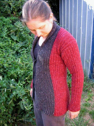 Ribbed wrap jacket with fig tree and shed