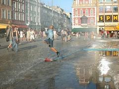 Hydrant (Yacenty) Tags: boy water hydrant square market poland polska rynek wrocław dscn1685