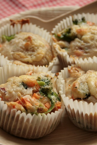 brocoli&tuna muffin