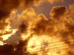 XXII (ferdinand sluiter) Tags: red sky clouds wire earth hell wolken burning burn wires finepix fujifilm lucht branden brand leeuwarden liwwadden draad draden fujifilmfinepixs5700 s5700