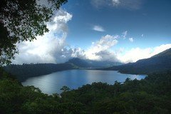 Lake Tamblingan (~Lyanna~) Tags: bali indonesia hdr buyan tamblingan laketamblingan lakebuyan