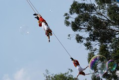 Papantla Flyers (Jos Manuel Reyes F.) Tags: wood sky tree forest mexico arbol soap colorful arboles surrealism creative bubbles bosque flyers soapbubbles burbujas chapultepec surrealismo voladores bosquedechapultepec papantla voladoresdepapantla papantlaflyers subreal flyingbubbles burbujasdejabon flyinmen woodsofchapultepec