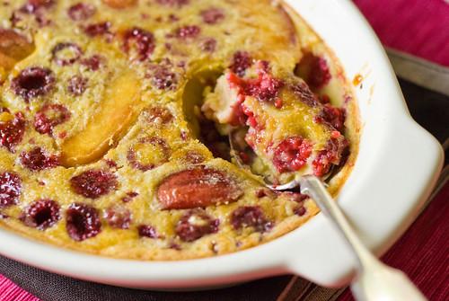 Raspberry & Nectarine cake