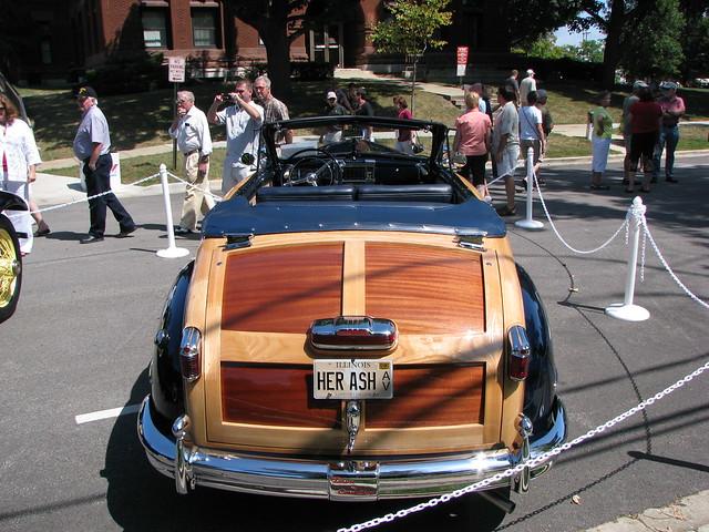 classic car illinois 2008genevaconcoursdelegance 1947chryslertownandcountry