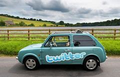 Twittermobile (Documentally) Tags: car mobile nissan pao branding socialmedia twitter
