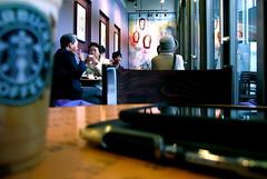 20081019 canon 004 (librarymook) Tags: moleskine japan pen canon sapporo hokkaido ipod touch starbucks 北海道 日本 jelly coffe pilot frappuccino 札幌