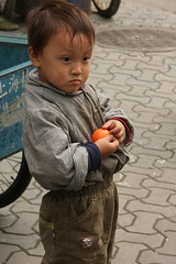 Vendor's son-Shanghai (kurokojpn) Tags: china japan kids tokyo orlando shanghai citylife   kuroko tokyokids canon40d photosjapan kuroko01 kurokoshiroko photographytokyo photostokyo bestoftokyo tokyobest orlandojpn thetokyopost kurokojpn