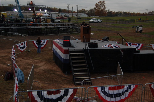 Manassas, VA 11/3/08 Rally Prep by Barack Obama.