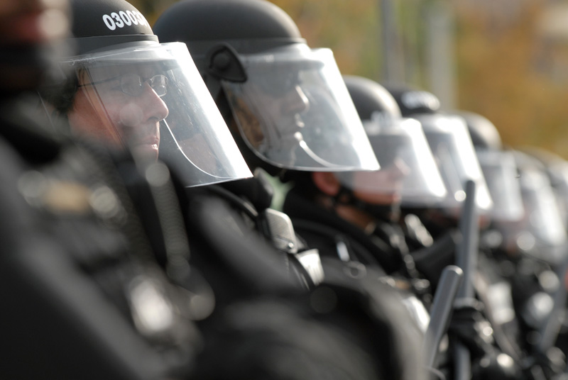 20080827_DNC_RAGE_PROTEST_POLICE