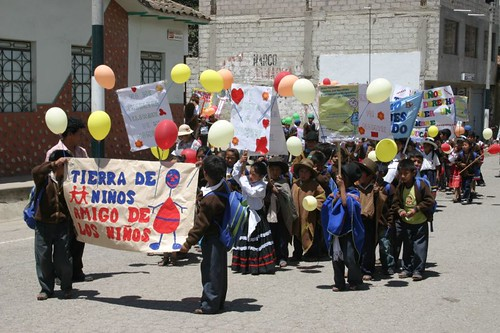 Friendly kids demonstration in Curahuasi, Peru.