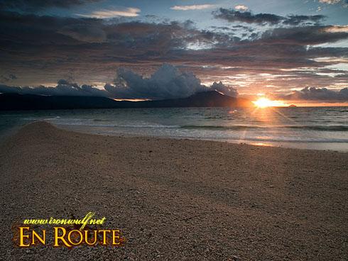 Gaspar Sandbar Glorious Sunrise