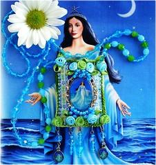 Iemanjá, Rainha do Mar (Lidia Luz) Tags: necklace beads handmade embroidery crochet jewelry felt bijoux bijuteria feltro cristal colar iemanjá bijouteria crochê