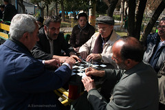 domino (iranview) Tags: park game iran streetphotography iranian domino tehran ايران تهران oldmans documentaryphotography بازي عكاسيمستند عكاسيخياباني دومينو