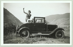 Opel 4/20 PS Cabriolet 2 (Raymondx1) Tags: auto white black classic cars car 1931 vintage photography photo automobile foto antique vehicle sw motor rhine rhein opel laubfrosch blackwhite opel4ps