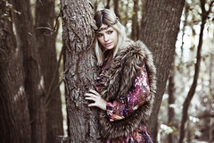 [Free Image] People, Women, Trees, Fashion, Blonde, 201108022100