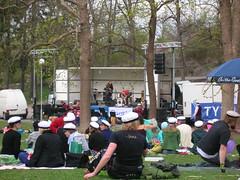 Soundcheck (vivvelu) Tags: 2008 piknik vappu bändi vartiovuori aurinkoinen ääni