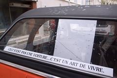 Ceci nest pas une voiture cest un art de vivre. (aslakr) Tags: france citron 2cv lasalle frankrike 2cv6 2cv6spcial