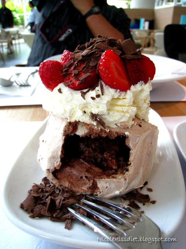 berrilicious chocolate pavola eaten