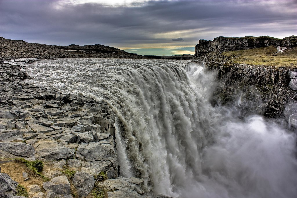Waterfall Prometheus Iceland