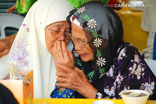 sebalik tangisan wan & nenek