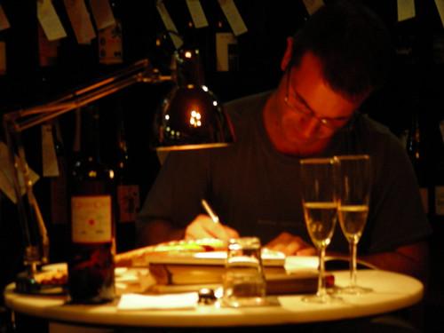 Jordi Llavina escrivint al Lluquet