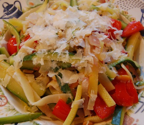 Summery pasta and vegetables