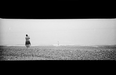 The Other Photographer (AndyWilson) Tags: panorama beach toycamera panoramic hp5 hastings ilford lc29 chpe08 ajwch