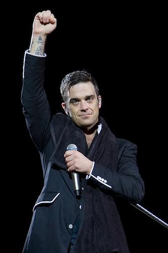 Robbie Williams by takenbytim