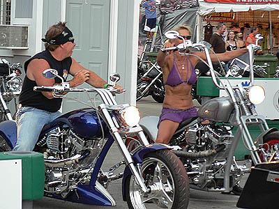 bikers à Sturgis.jpg